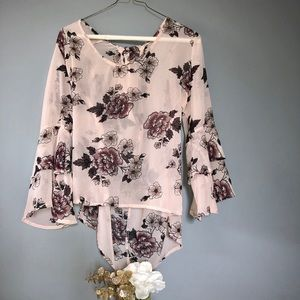 Floral Blouse with keyhole back and fun sleeves